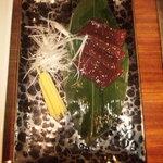 福岡叙々苑 - レバ刺 950円