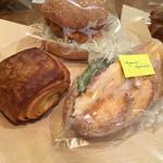 55350619 - カツサンド チョコクロワッサン 蒸し鶏サンドイッチ