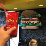 Teddy's Bigger Burgers - やっぱルートビアでしょ?
