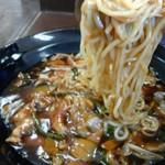 福禄寿 - 冷しスタミナラーメン 麵リフト