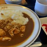 レストラン クリナーレ - チキンカレー ¥500