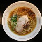 麺屋 義 - 醤油ラーメン(690円、真上から)