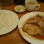 キッチンれん - 豚肉の生姜焼き900円