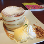 カフェ&ダイニング フルール - フルールパンケーキ850円