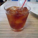 アネアカフェ - ドリンクは9種類の中から選べます。こちらはウーロン茶♪