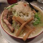 麺食堂 大金豚 二丁目店 - 雷