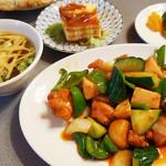 桂花飯店 - 本日の定食C(青椒鶏蝦)