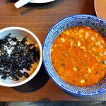 ら麺のりダー - 「坦々つけ麺(辛さレベル2号)」の付け汁 & 岩のりライスわり(2016年8月)