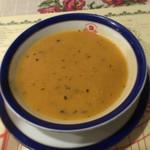 BOSPHORUS HASAN - ケバブセット(1,000円)             スープ。             お豆のペーストのようです。             独特の風味ですが、素材の風味を感じる優しい味でした。