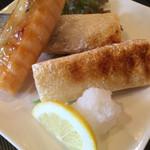 寿司源 藤沢大庭店 - 鮭ハラス焼き