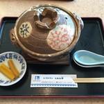 とれた亭 - 料理写真:鍋焼きラーメン 680円