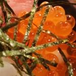 岩山海 - 海鮮丼定食」1,000円