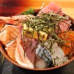 岩山海 - 海鮮丼