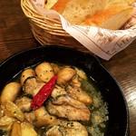 ウェザーリポート - 料理写真:牡蠣のアヒージョ