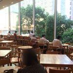 レム日比谷 - 【2016年06月】陽光が差し込む、明るい店内。