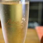 郷土料理 みかど - 樽詰めスパークリングワイン「ポールスター」すっきりしてて口当たりの良いワインです(2016.8.26)