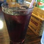 カフェダイナー コナ - ランチについてくるドリンク ぶどうジュース