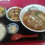 松園 - ラーメンセット 八宝菜 790