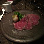 AWkitchen TOKYO - 和風グレイビーソースと十勝の山わさびのローストビーフ