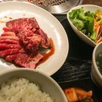 焼肉トラジ - ハラミ+カルビのMIX定食