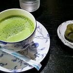 紫香楽茶寮うずくまる - 抹茶オレ