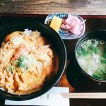 やじま手打蕎麦 - 料理写真:玉子丼  680円