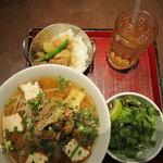 5541838 - ピリ辛豚挽肉のフォー カレーセット