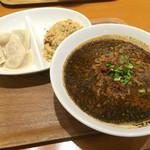 CHINESE 青菜 あみプレミアムアウトレット店 - 黒ゴマ担々麺セット