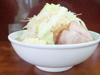 ラーメン二郎 めじろ台法政大学前店 - 小ラーメン+野菜マシニンニクマシマシ