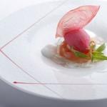 フェリチタ - 2種の桃のデザート