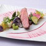 フェリチタ - シャラン産鴨胸肉のアッロースト 旬野菜のヴァリエーション