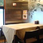 レギューム セゾニエ - テーブル席