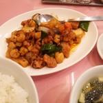 55424189 - ホタテの貝柱と鶏肉の辛炒め