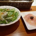 ツバサ食堂 - 前菜とサラダ。
