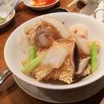 チャイナテーブル - 1608 チャイナテーブル千里中央 海鮮あんかけ炒飯@980円