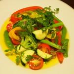ブニヤ・デ・モカ - 温野菜のサラダ\1,100-