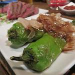 肉山 福岡 - 万願寺唐辛子。