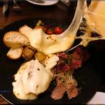 チーズと和牛ビストロ きこりのお家 -