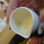Milks -FRESH CHEESE&WINE -