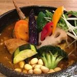55435836 - チキン1/2(柔らか)&豚の角煮と野菜1300円