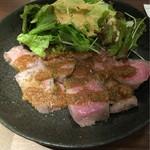 55435906 - 低温調理 肉のたたき