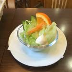 桜ん房 - サラダ¥150( '16.08)