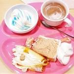 スイーツパラダイス - ソフトクリーム・ミルクレープ・ピーチシフォン・ホイップクリーム増量♪