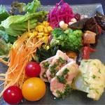 堺筋倶楽部 AMBROSIA - 前菜☆サラダバーにて 美味しいでっす☆