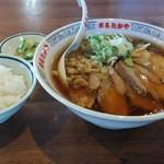 まるたかや - 料理写真:チャーシュー麺+小ライス