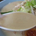 中華料理 旬 - もともとのベースが濃厚な上に、具材の旨味がプラスされているので、美味しさマシマシです。