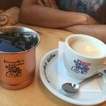 コメダ珈琲店 - ミルクコーヒー 440円 金のアイスコーヒー 520円