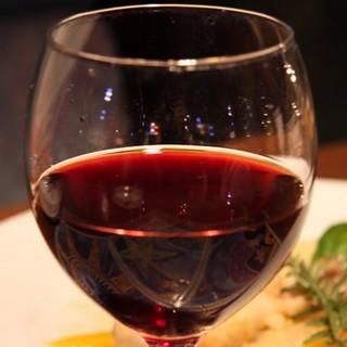 お料理と一緒にワインもお楽しみください!