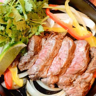 メキシコ版牛ハラミのステーキ『ファヒータ』