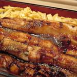六本木 福鮨 - 自慢の穴子をたっぷり使った穴子重